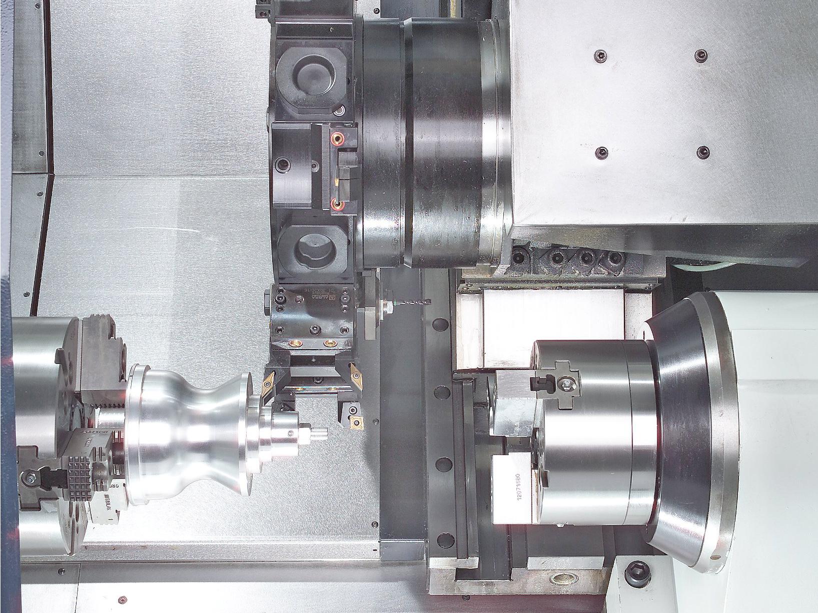 Spinner AG - leistungsstarke Universaldrehmaschine TC600 - Arbeitsraum